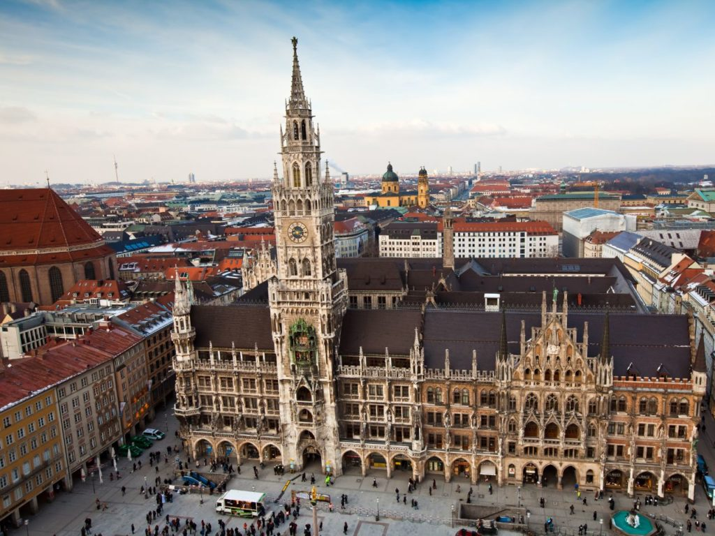 Cheap First Class and Business Class to Munich 1