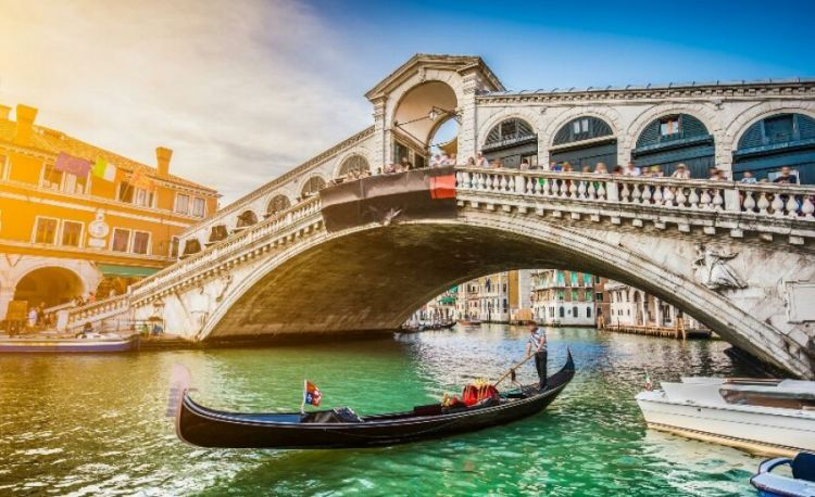 Last Minute Business Class to Venice 3