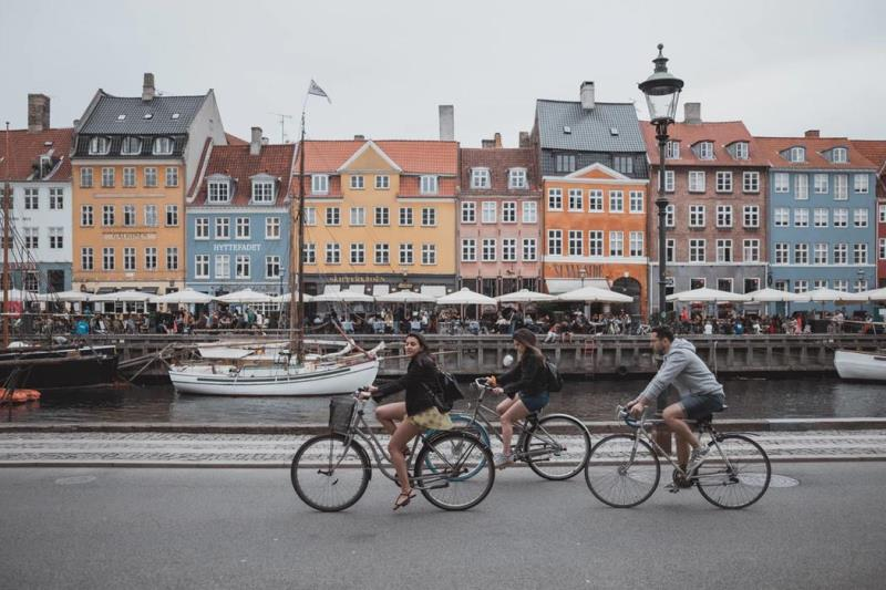 Last Minute Business Class Flights to Copenhagen 2